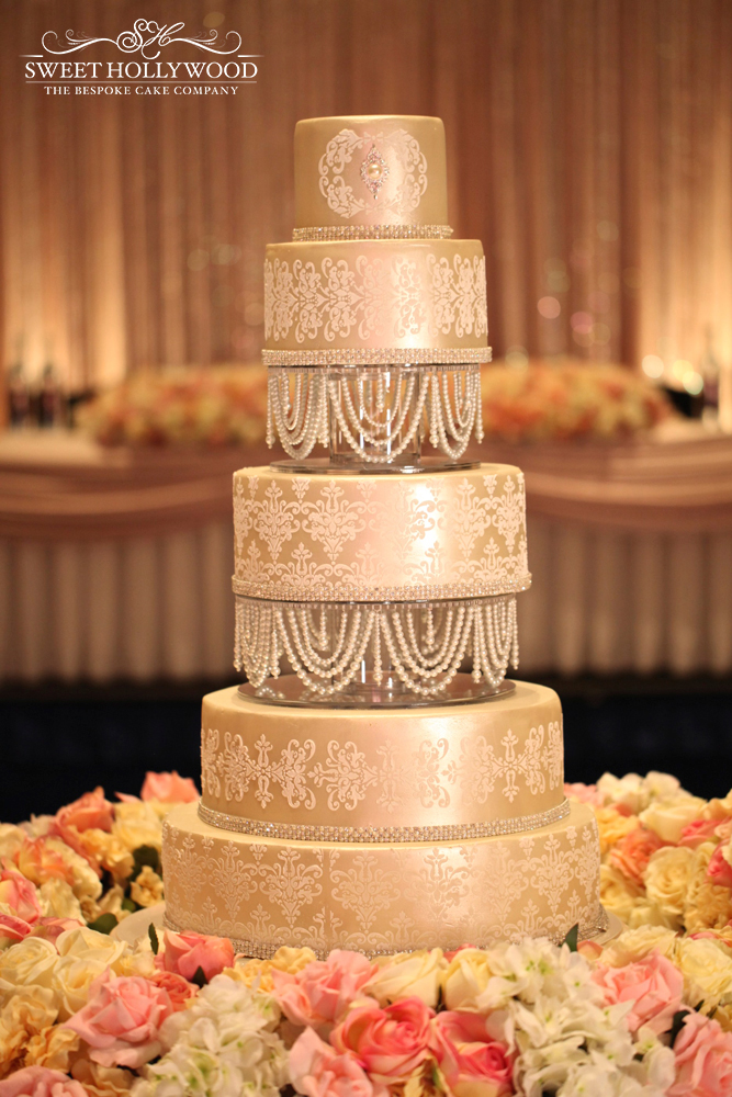 Damask & Pearl Wedding Cake