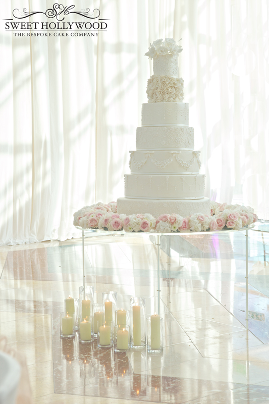white-grand-wedding-cake
