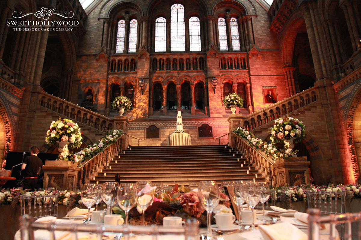 GRAND WEDDING CAKE THE NATURAL HISTORY MUSEUM – LONDON