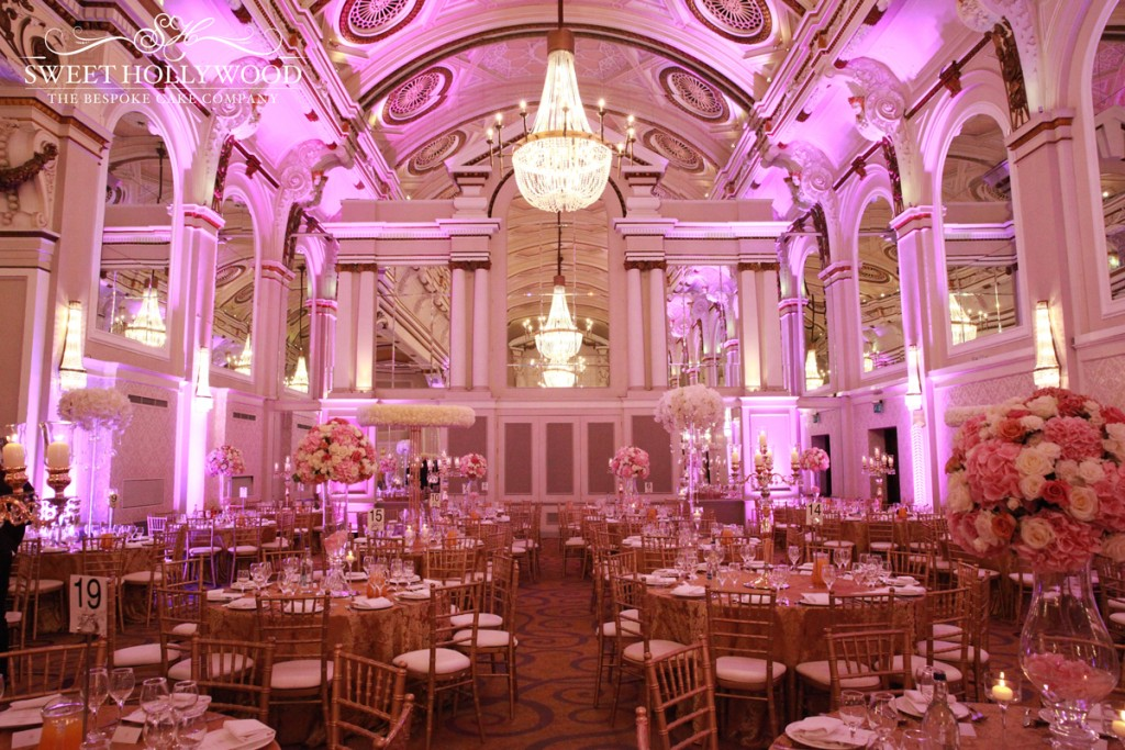 Luxury Wedding Venues: Grand Wedding Cake @ The Grand Connaught Rooms