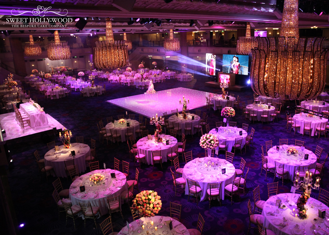 Luxury Wedding Indoor: Romantic Asian Wedding Reception @ Grosvenor House